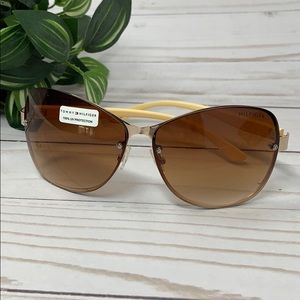 Tommy Hilfiger 100% UV Protection Sunglasses
